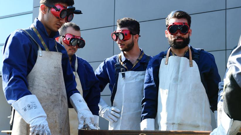 Arbeitsmarkt: Syrische Flüchtlinge bei einem Ingenieurslehrgang der Bundeswehr in Ingolstadt
