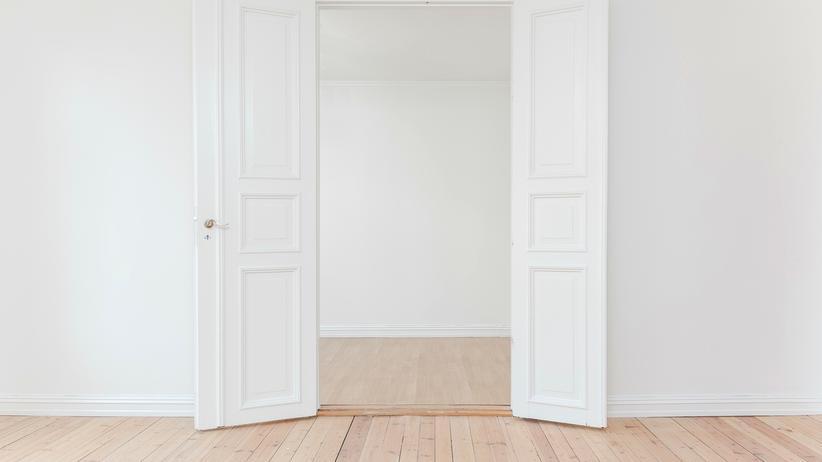 wohnungssuche-immobilien-platttformen-betrug-datenklau-weiß