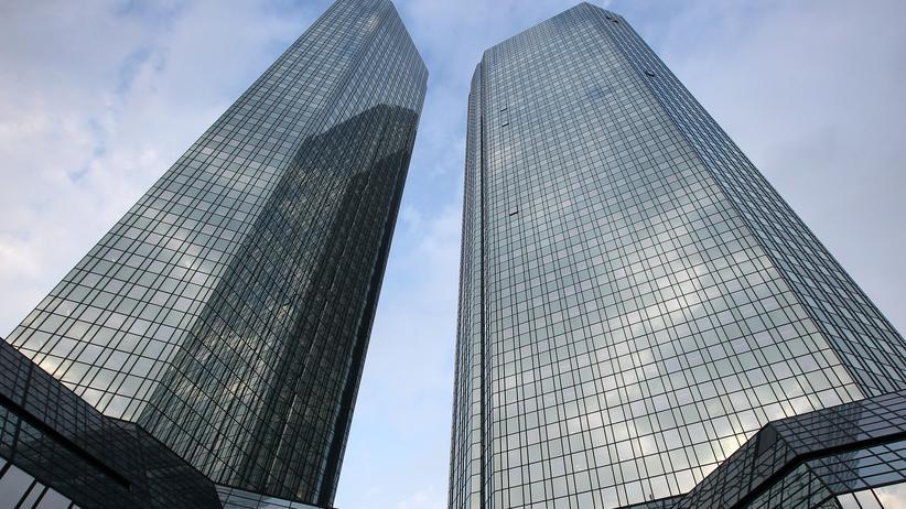 Kapitalerhöhung: Deutsche Bank behält Postbank