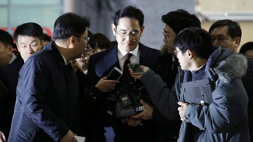 Südkorea: Samsung-Erbe bestreitet Korruptionsvorwürfe