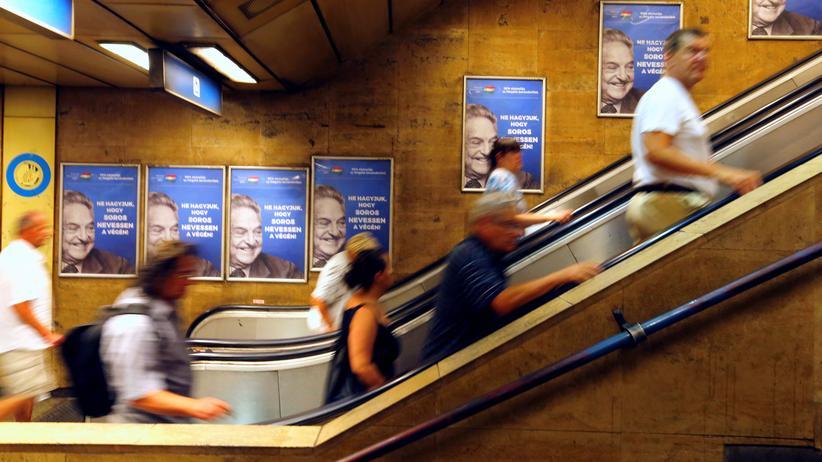 George Soros: Die Anti-Soros-Plakate in Ungarn