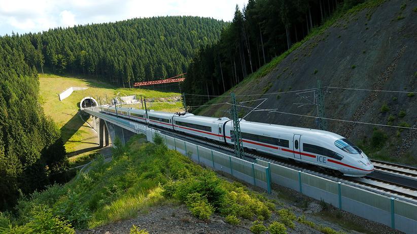 Deutsche Bahn: Zugverkehr profitiert von Air-Berlin-Pleite