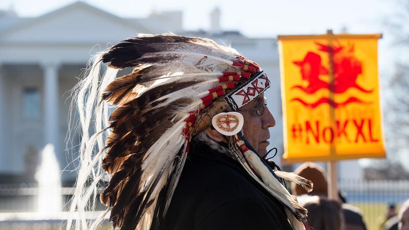 Keystone XL: Chief Arvol Looking Horse vom Stamm der Lakota bei einer Demonstration gegen die Ölpipeline Keystone XL