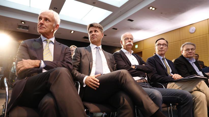 Gleichberechtigung: Bleiben unter sich: Männer in Chefetagen.