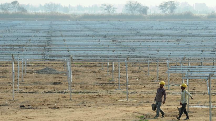 Indien: Ein Solarpark bei Fazilka im Punjab (Indien)