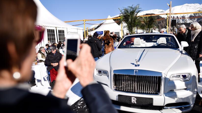 Paradise Papers: Rolls-Royce-Bewunderer im schweizerischen St. Moritz