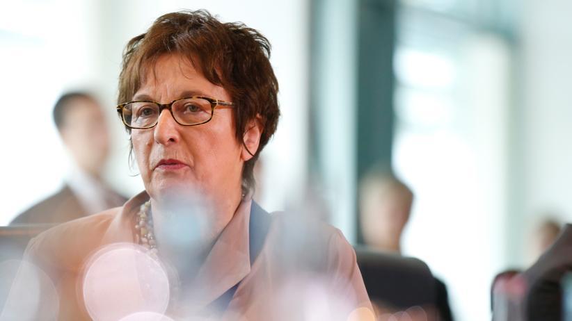 "Luftfahrt: Zypries kritisiert ""Lufthansa-Bashing"""