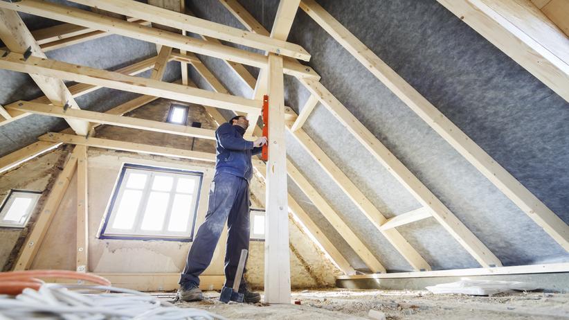 Bundesgerichtshof: Dacharbeiten in einem Haus