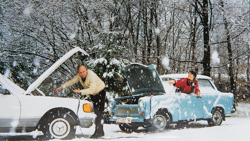 """Einkommen: Hans-Werner Sinn mit seiner Frau Gerlinde beim Fotoshooting für ihr Buch """"Kaltstart"""", erschienen 1991"""