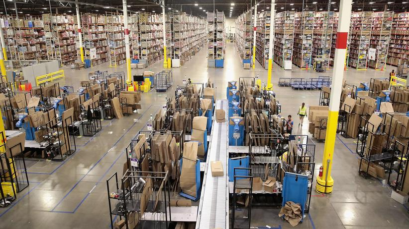 US-Steuerpolitik: Eine Amazon-Lagerhalle in Illinois