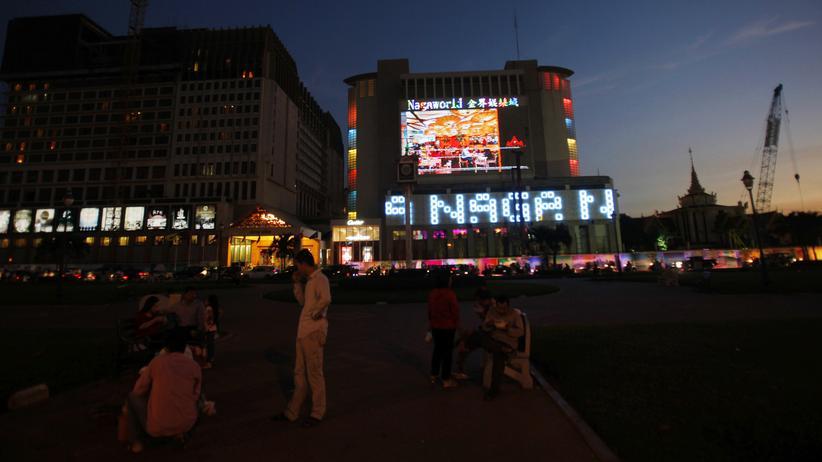 Kambodscha: Ein Kasino in der kambodschanischen Touristenprovinz Preah Sihanoukville: Es gehört Chinesen, wird von Chinesen betreiben nur von Chinesen besucht.
