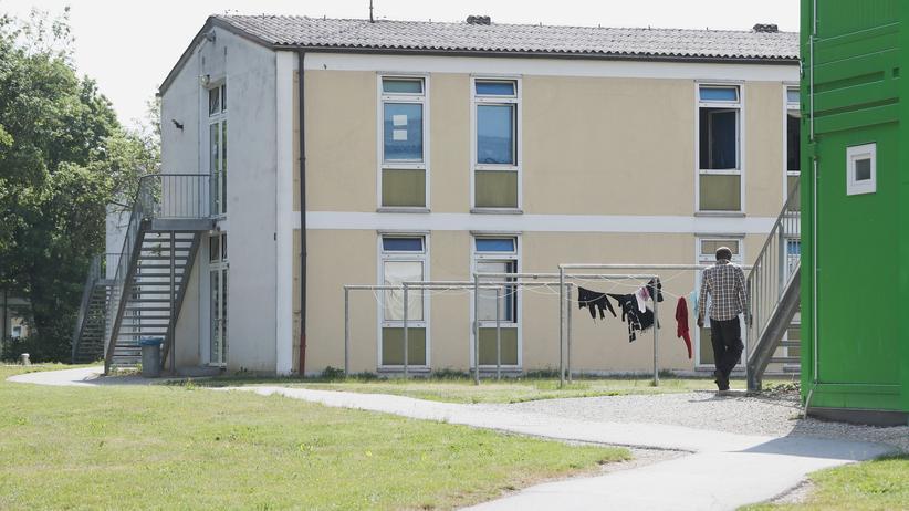 Bundesfinanzministerium: Das Transitzentrum im bayerischen Manching soll als Vorbild für Ankerzentren dienen.