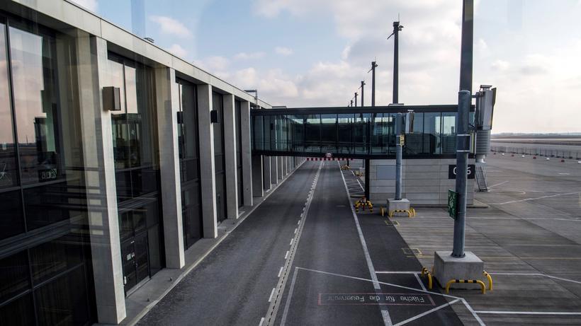 Flughafen Berlin Brandenburg Ber Soll Zur Eröffnung Neues Terminal