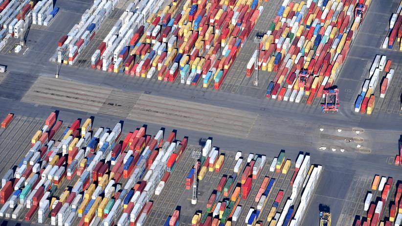 Donald Trump: Container im Hafen von Bremerhaven