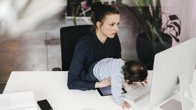 Brückenteilzeit: Eine Million Frauen würde gerne 12,5 Stunden mehr pro Woche arbeiten.