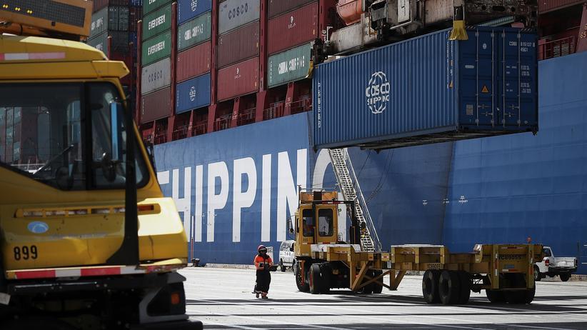 Handelsstreit: US-Zölle gegen China treten in Kraft
