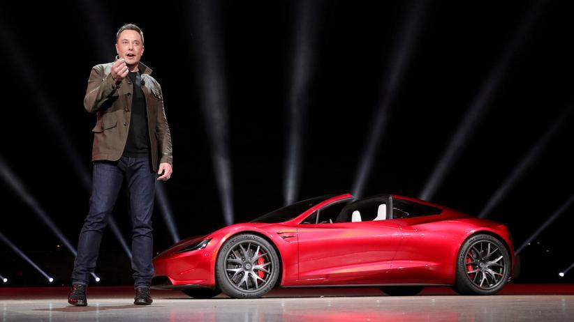 Elon Musk: Tesla-Chef Elon Musk bei einer Präsentation des Roadster 2 in Kalifornien.