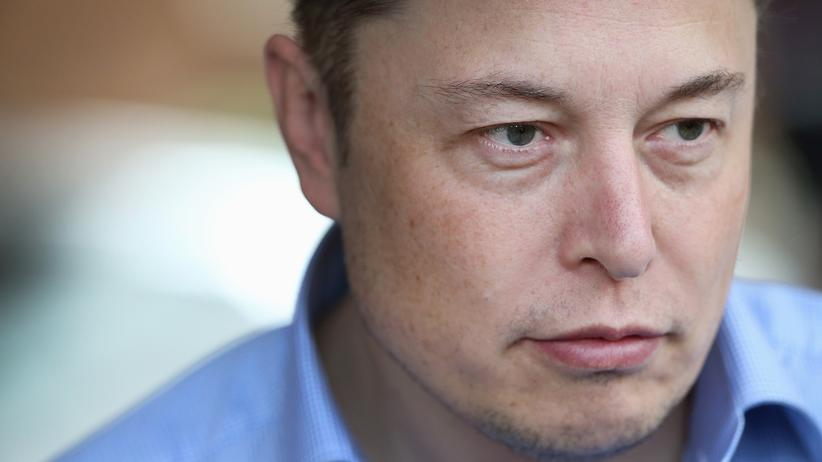 Tesla: Weniger twittern, besser führen