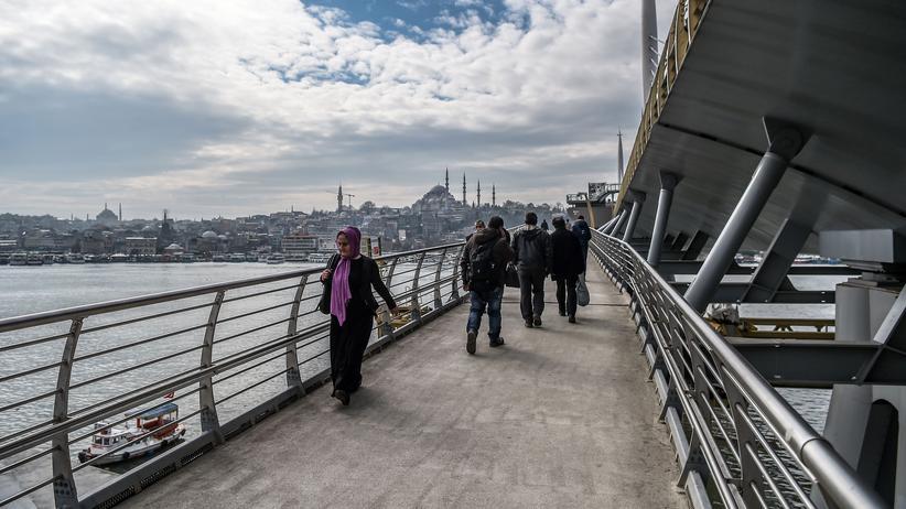 Türkei-Krise: Die Haliç-Brücke am Goldenen Horn in Istanbul