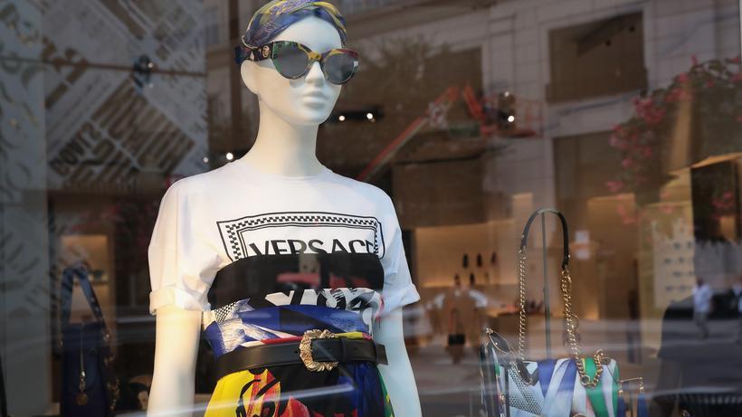 bb326ba1e39f81 Luxus-Modelabel  Versace zählt zu den wichtigsten Luxusmarken der Welt.