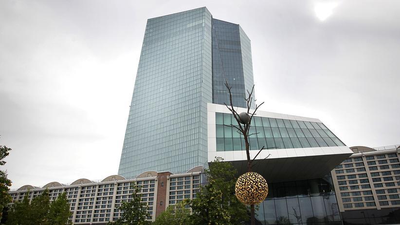 Europäische Zentralbank: Leitzins im Euroraum bleibt bei null Prozent