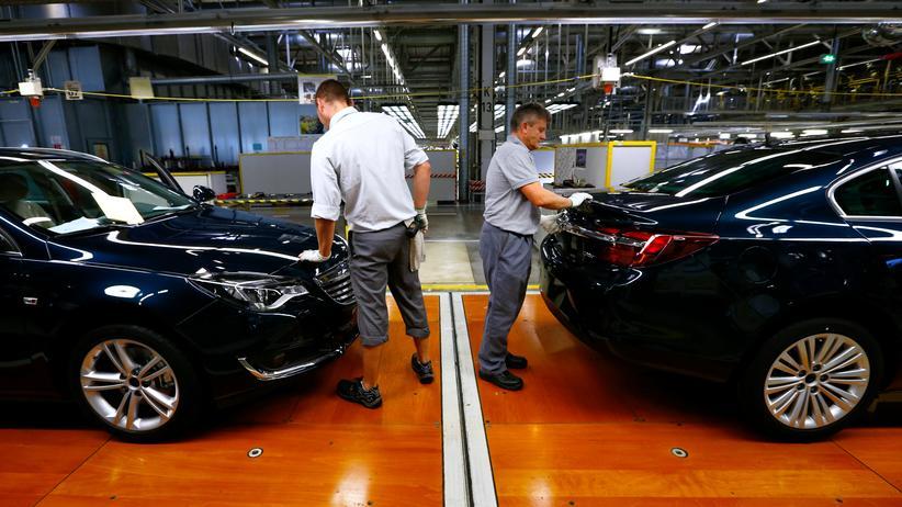 Abgasskandal: Fahrzeuge der Marke Opel Insignia im Werk Rüsselsheim