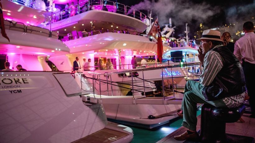 Vermögen: Der Yachthafen von Monaco – er gehört zu den teuersten Anlegestellen für Yachten weltweit.