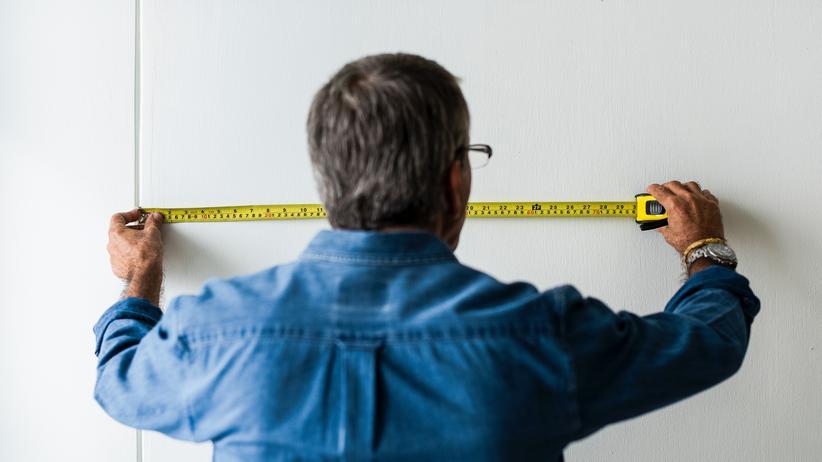 Bundesregierung: Viele Menschen arbeiten auch mit über 60 noch.