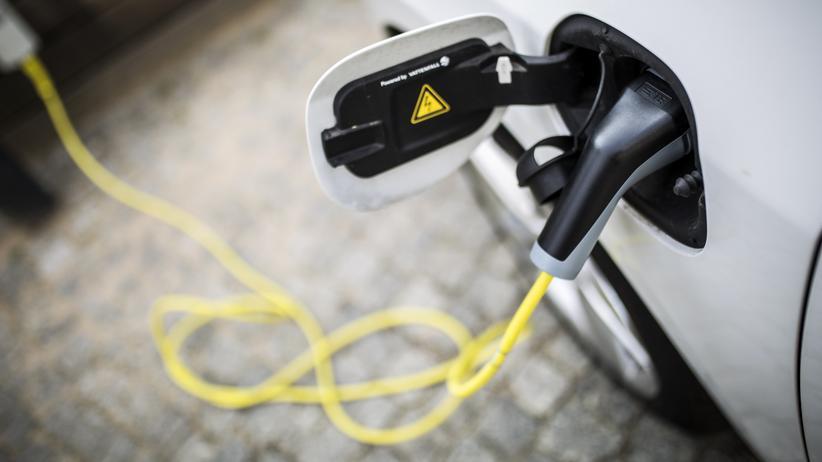 Elektroauto: Peter Altmaiers teure Autobatterien