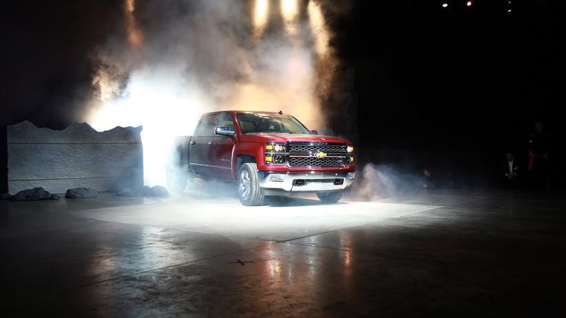 US-Automobilindustrie: Der Chevrolet Silverado von General Motors: Die US-Automobilindustrie macht noch immer den meisten Umsatz mit schweren Modellen, die viel Benzin verbrauchen.