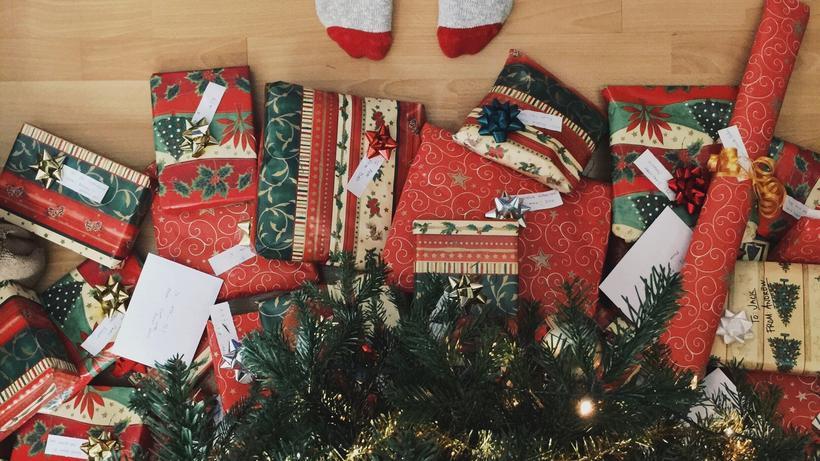 Geschenke Zu Weihnachten.Weihnachten 500 Euro Fur Geschenke Und Nordmanntanne Zeit