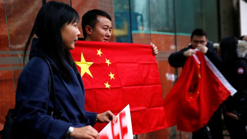 Meng Wanzhou: Huawei-Managerin kommt gegen Kaution vorerst frei