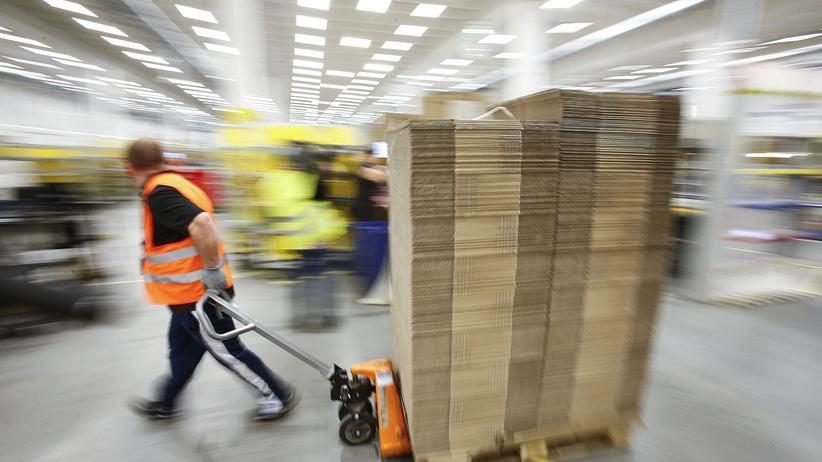 Menschenrechte in Deutschland: Viele Arbeitsmigranten in Deutschland bekommen laut dem Institut für Menschenrechte nicht einmal den Mindestlohn.