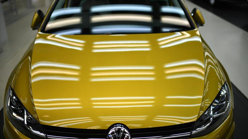 Autoabsatz: Deutsche kauften 2018 weniger neue Autos