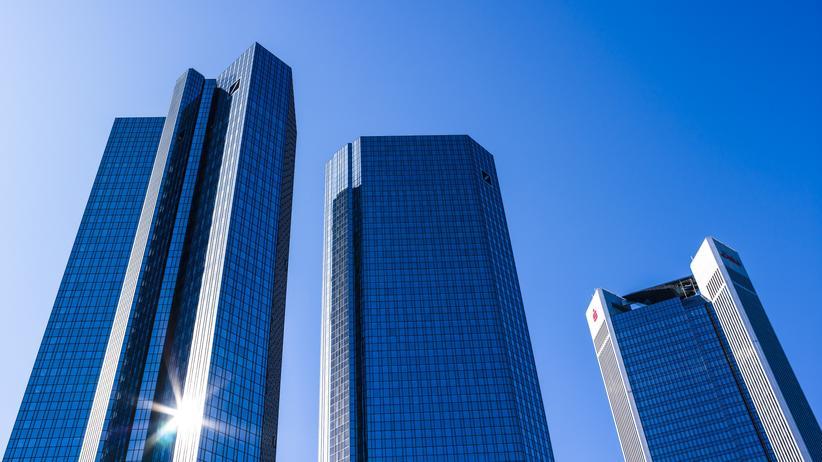 Kreditvergabe: Testgespräche zeigen, dass Banken leichtfertig überteuerte Kredite an ihre Kunden vergeben.