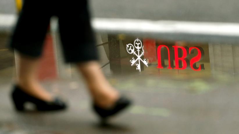 Steuerhinterziehung: Schweizer UBS-Bank muss in Frankreich Milliardenstrafe zahlen
