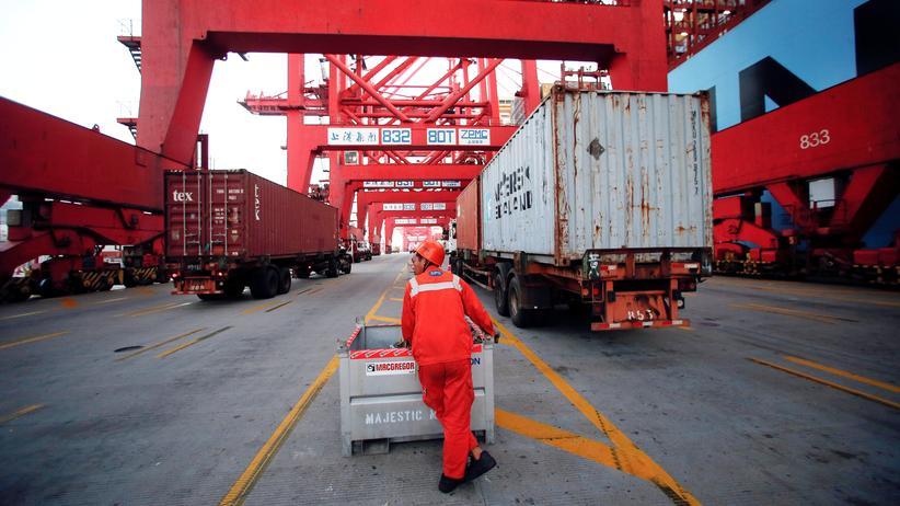 Volkskongress: China rechnet mit geringstem Wirtschaftswachstum seit 1990