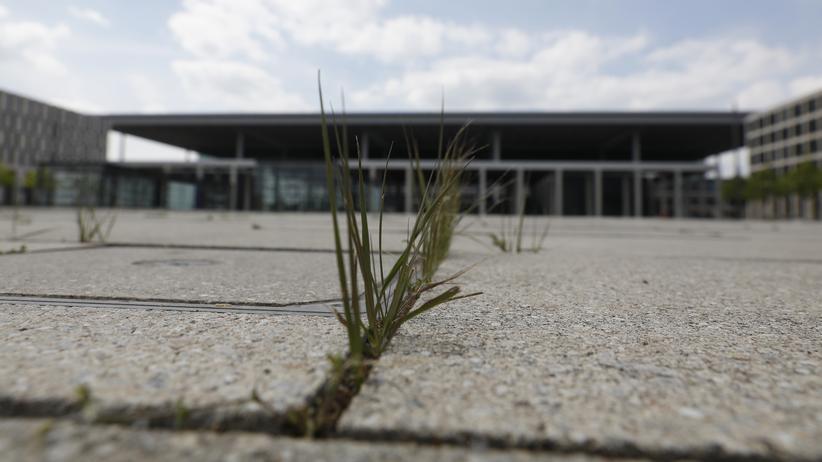 Flughafen BER: Neue Zweifel an Eröffnungstermin des Berliner Flughafens