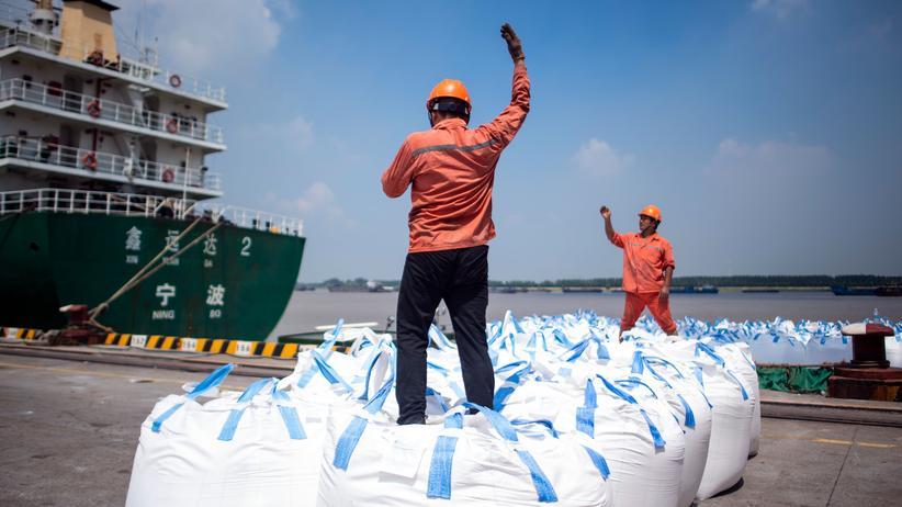 Handelsstreit mit USA: Am Hafen von Zhangjiagang in China