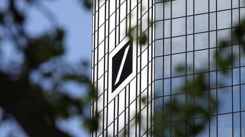 Christian Sewing: Gericht erklärt Entlastung von Deutsche-Bank-Chef für hinfällig