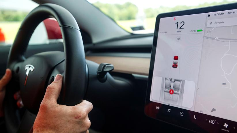 USA: US-Behörde befragt Tesla zu Auffahrunfällen mit Autopilot-System
