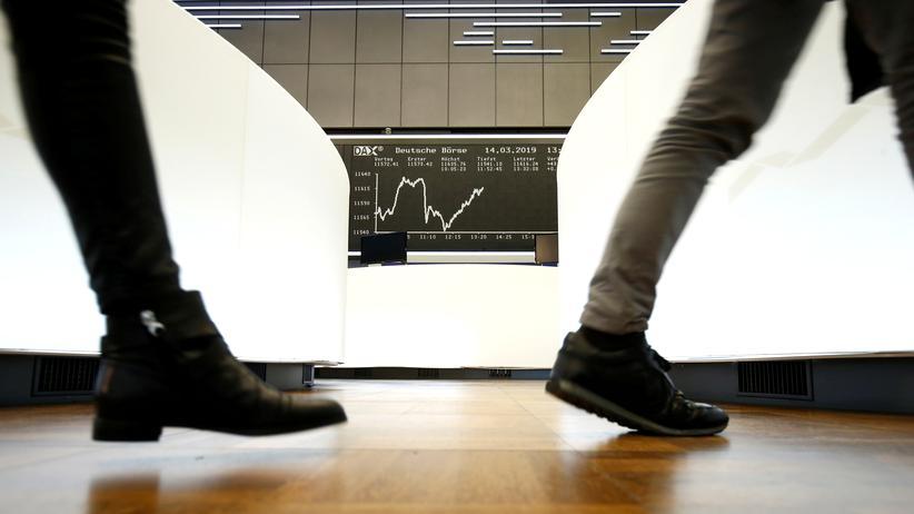 Dax-Konzerne: Aufsichtsratschefs erhielten Rekordvergütungen
