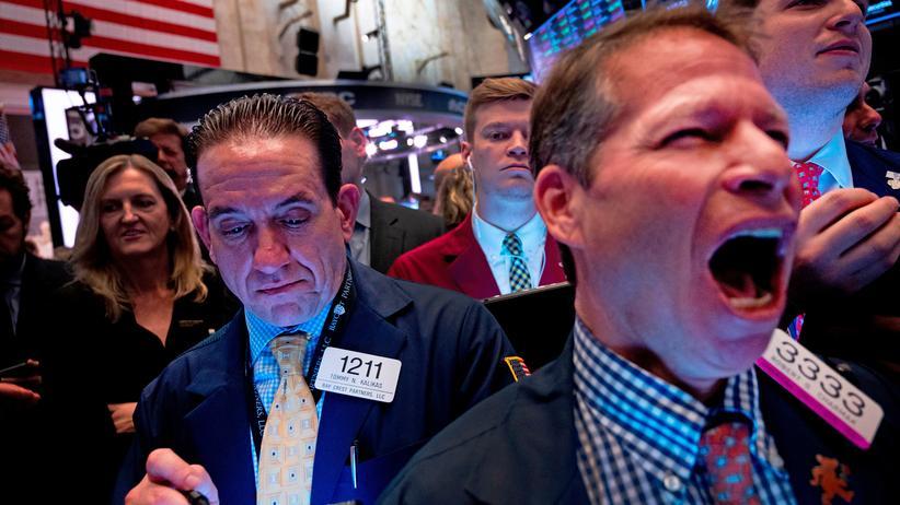 San Francisco: Händler an der New Yorker Stock Exchange nach dem Börsengang von Uber