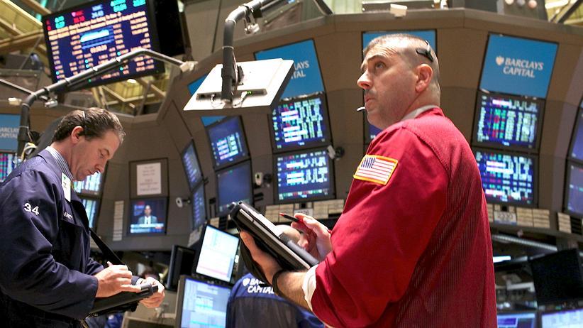 Finanzmärkte: Die Kurse von Aktien und Bonds sind viel zu hoch