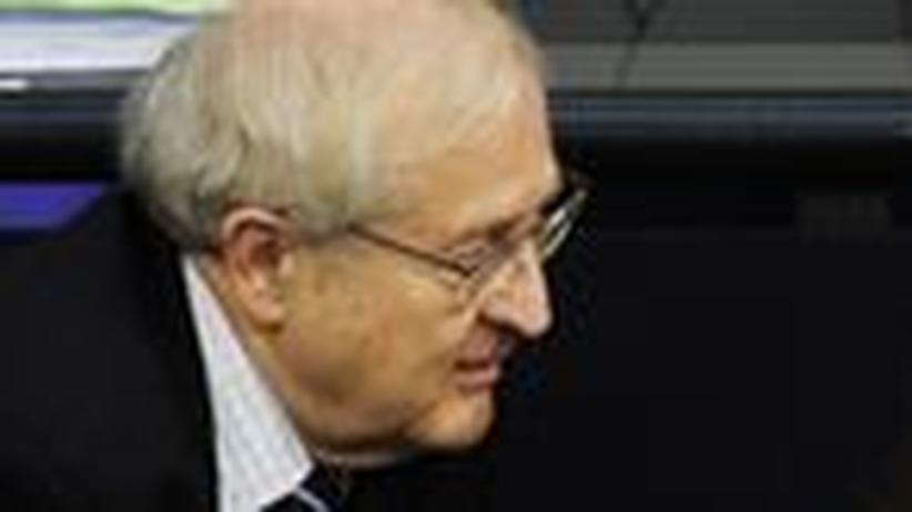 Anlegerschutz: Halbseidene Fondsverkäufer genießen Brüderles Schutz
