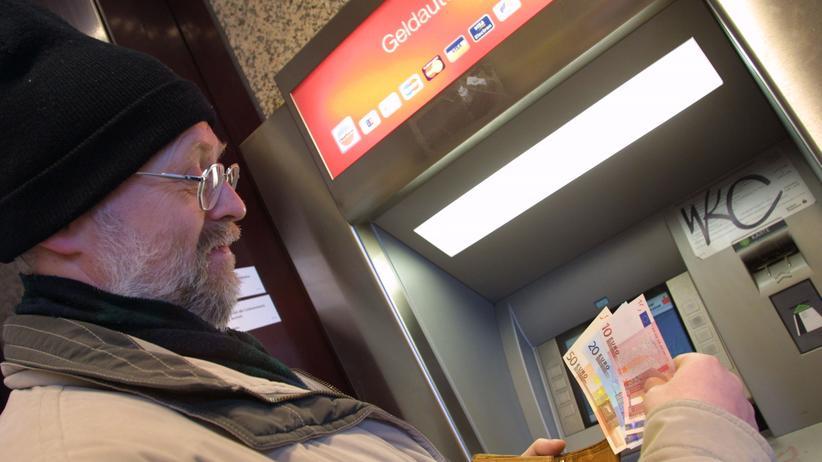 Bankautomaten: Bloß nicht zur fremden Bank gehen