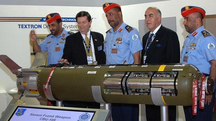 Altersvorsorge: Präsentation der Streubombe CBU-105 auf der Dubai Air Show (Archivbild)