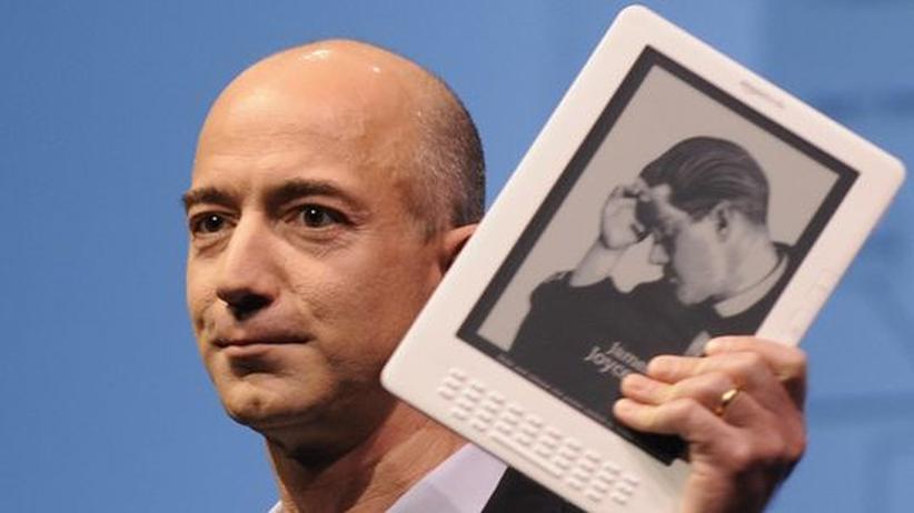 Onlinehandel: Kindle beschert Amazon hohe Gewinne