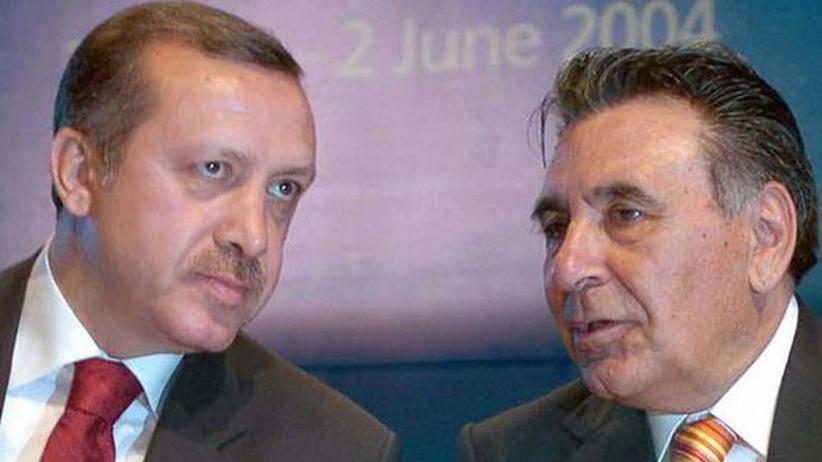 Türkei: Premier gegen Pressezar