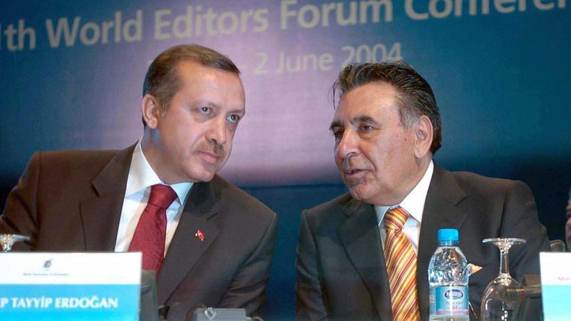 Türkei: Premier Erdoğan gegen Pressezar